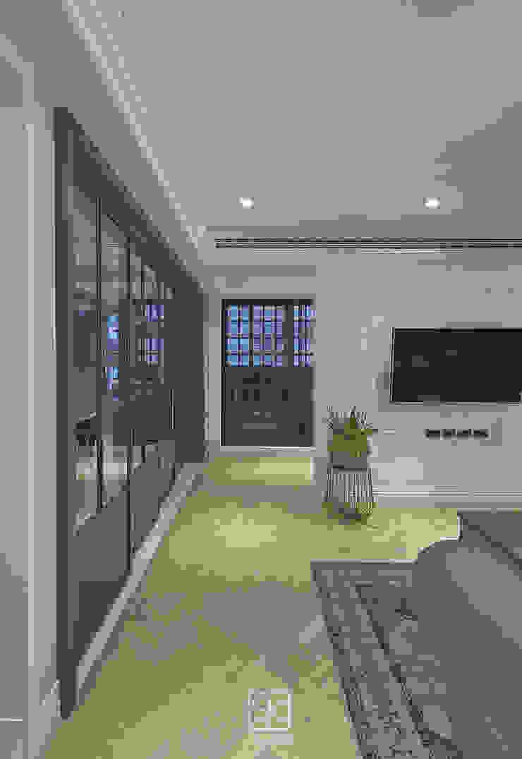 Couloir, entrée, escaliers classiques par 禾廊室內設計 Classique