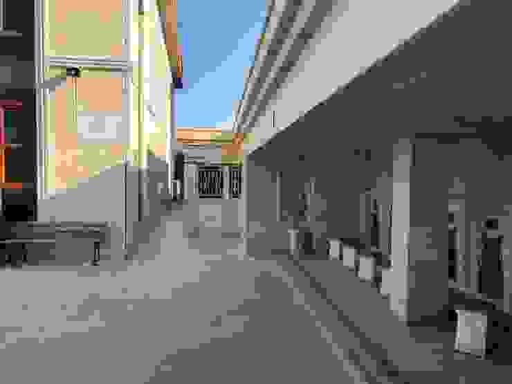 根據 DOĞALDEKOR | DEKORATİF DOĞAL TAŞ & MERMER & TRAVERTEN ÜRETİCİ 古典風 石灰岩