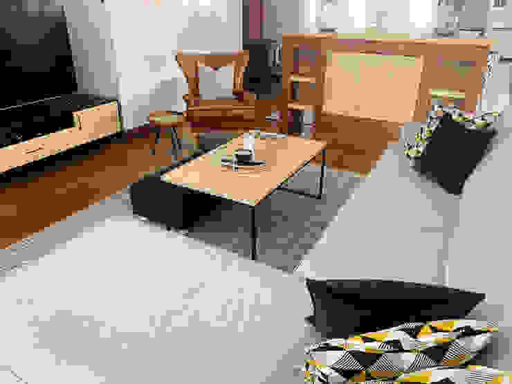 Living room Modern Living Room by CS DESIGN Modern