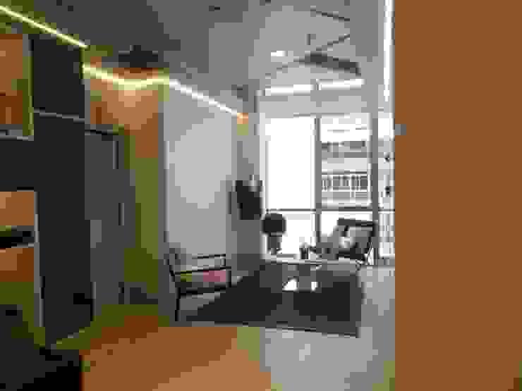 Espacio para clientes. Oficinas y tiendas de estilo rústico de VURPURA INSTALACIONES COMERCIALES Rústico