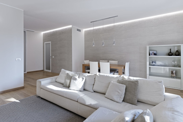 Modern living room by GruppoTre Architetti Modern