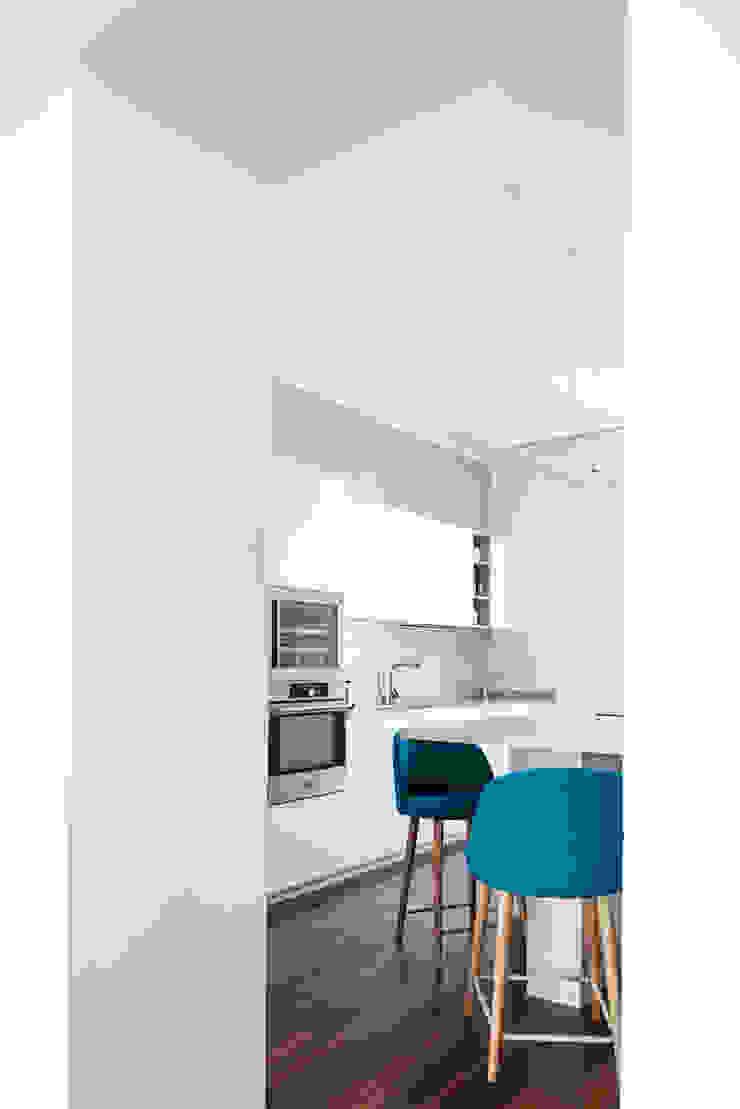 CASA A. Cucina minimalista di GruppoTre Architetti Minimalista