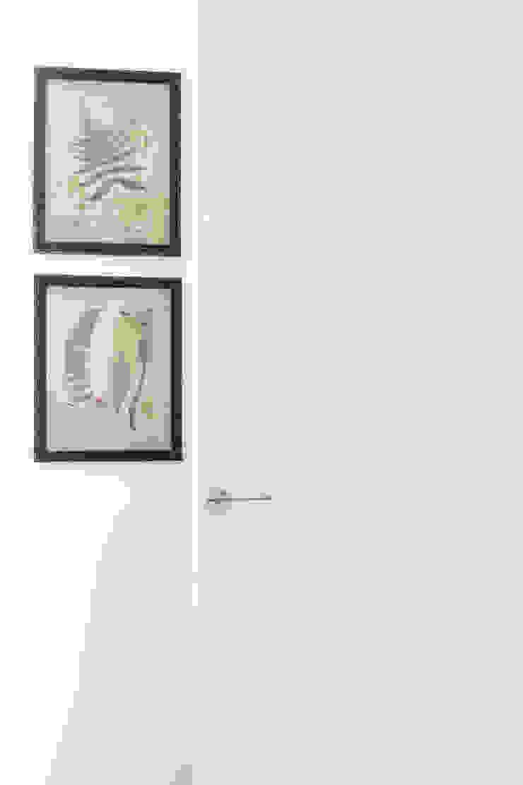 CASA A. Camera da letto minimalista di GruppoTre Architetti Minimalista
