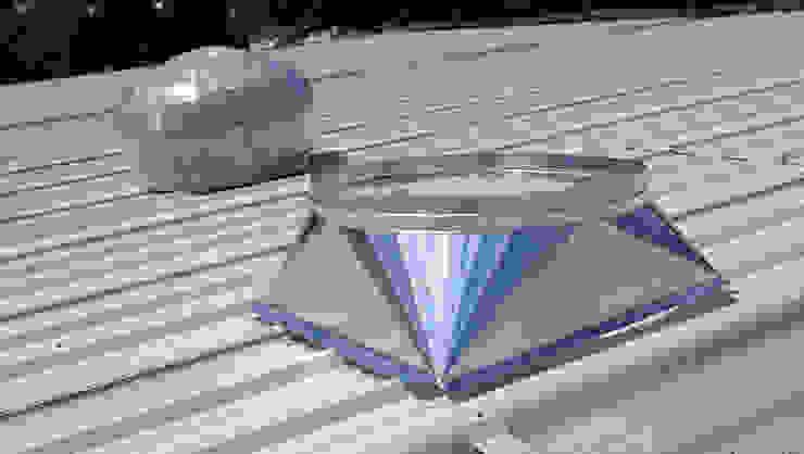 """Extractor atmosférico de aluminio de 36"""" NAKOMSA KOMFORT AMBIENTAL Albercas industriales Aluminio/Cinc Metálico/Plateado"""