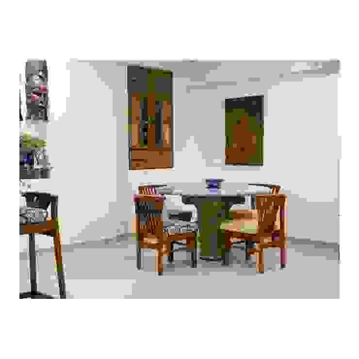 203, Mumbai Classic style dining room by insitu by kalakaarihaath Classic