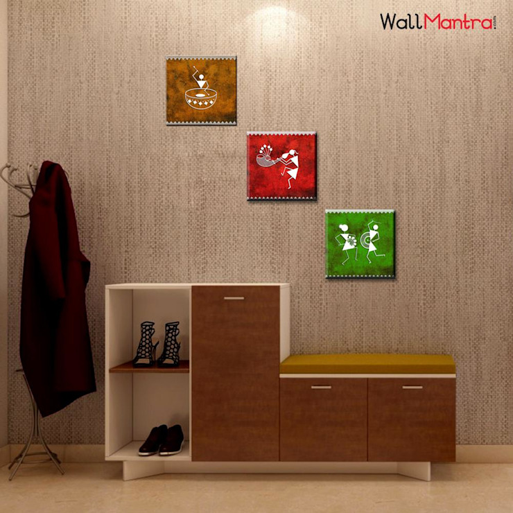 WARLI FOLK ART PAINTING WALL HANGING, SET OF 3 PIECES Classic style corridor, hallway and stairs by WallMantra Classic MDF