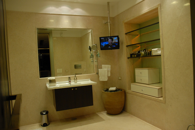 Teenager Boy Bedroom- Lounge And Terrace Eclectic style bathroom by Tanish Dzignz Eclectic