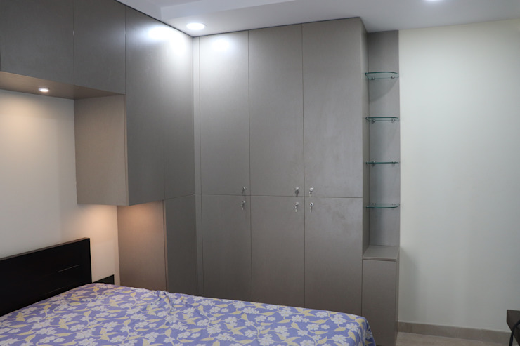 Bedroom wardrobes in Chennai: modern  by Hoop Pine Interior Concepts,Modern Plywood