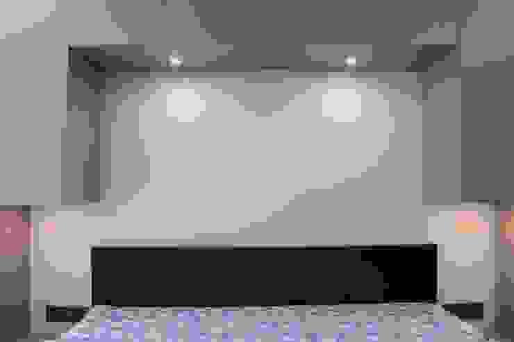 Bedroom Cabinets by Hoop Pine: modern  by Hoop Pine Interior Concepts,Modern Plywood