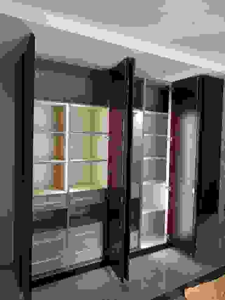 von Hoop Pine Interior Concepts Klassisch Holz Holznachbildung