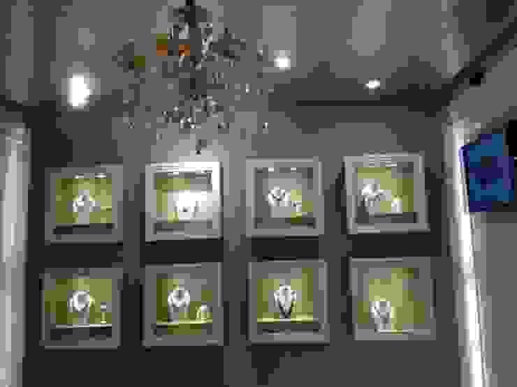 Showroom Design by Tanish Dzignz Modern