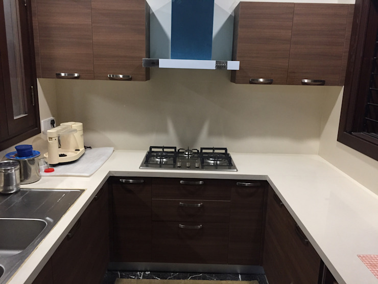 Modular kitchen with Veneer finish by Hoop Pine Interior Concepts Modern Plywood