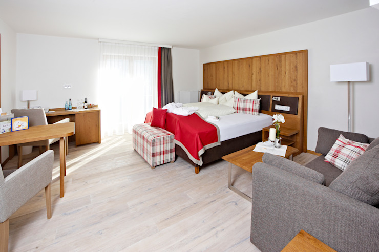 Renovación Hotel Wedi GmbH Sucursal ESPAÑA Hoteles de estilo moderno