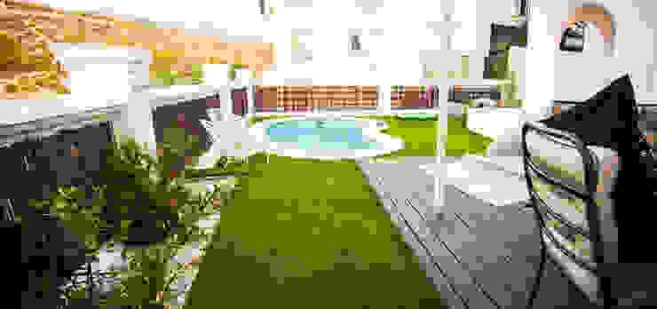 Jardín contemporáneo en Gójar (Granada) Landscapers Jardines de estilo moderno