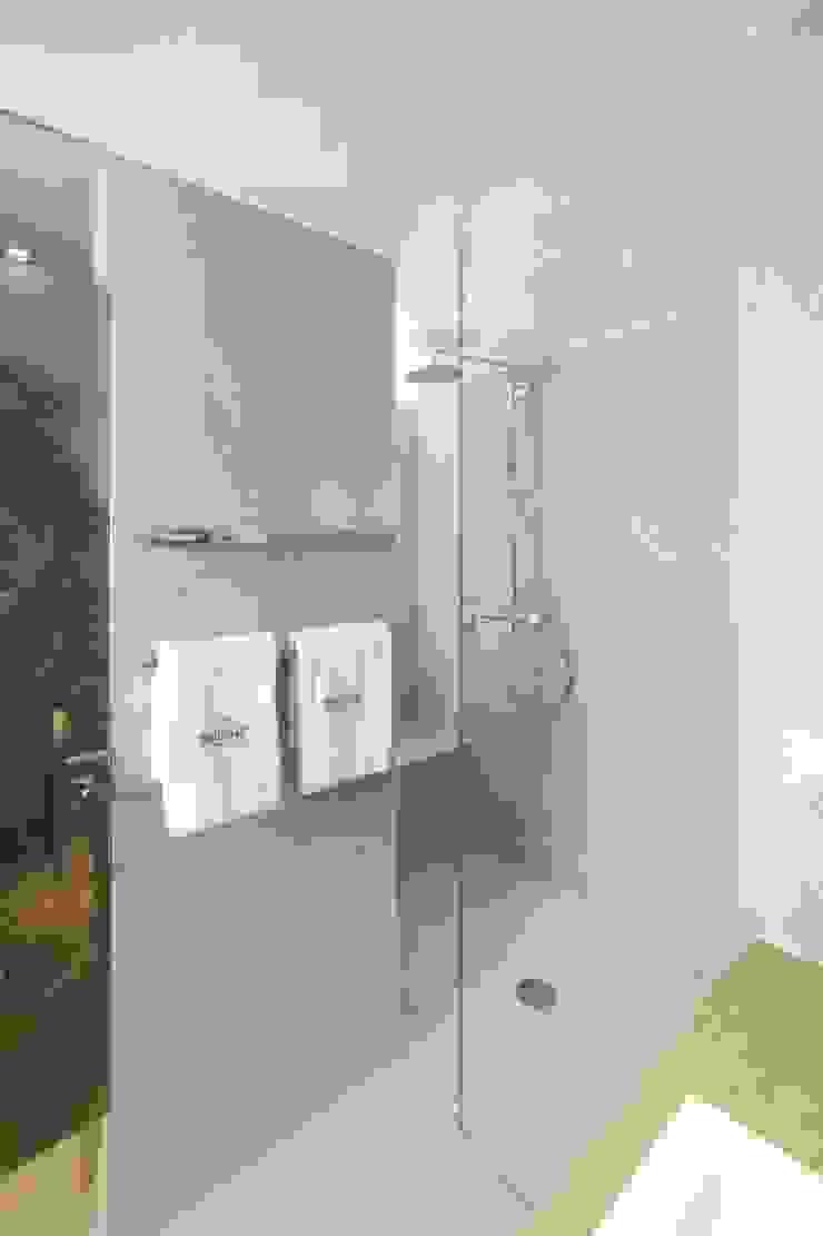 Gran variedad en diseño, funcionalidad y formato Wedi GmbH Sucursal ESPAÑA Hoteles de estilo moderno