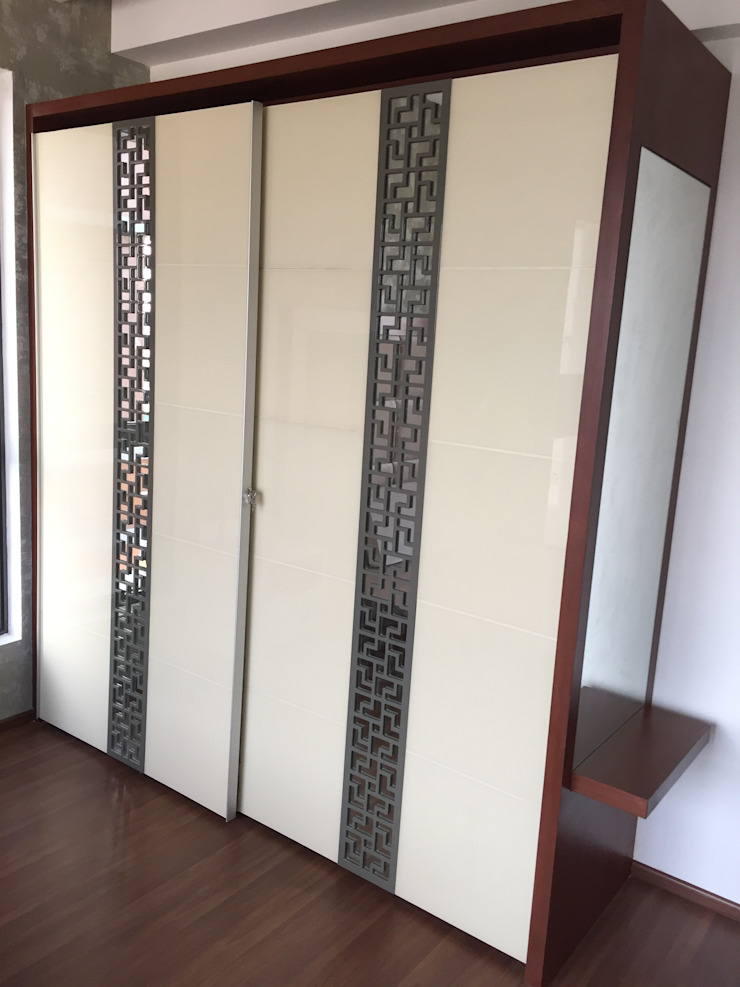 Sliding Wardrobe in Chennai Hoop Pine Interior Concepts BedroomWardrobes & closets Plywood Multicolored