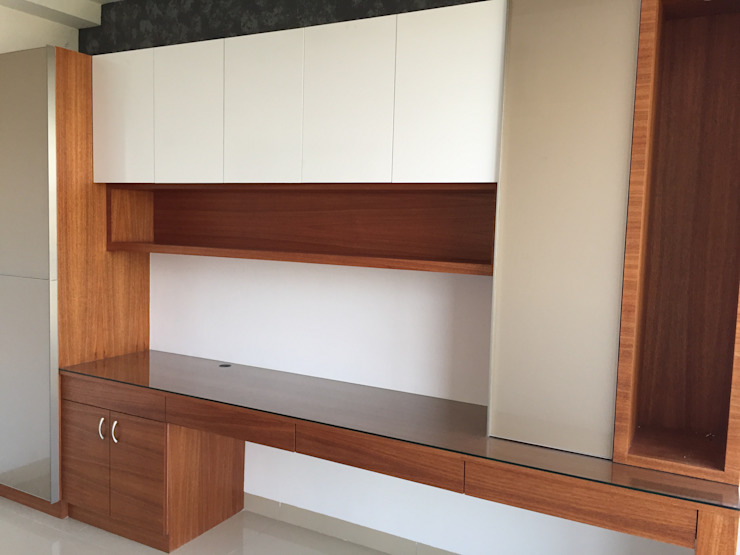 Home Office unit: modern  by Hoop Pine Interior Concepts,Modern Plywood