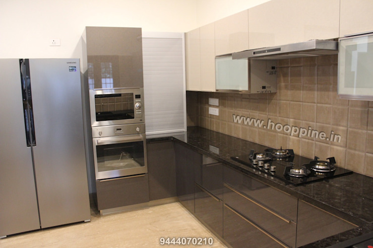 Modular kitchen design by Hoop Pine Hoop Pine Interior Concepts Kitchen units Plywood Multicolored