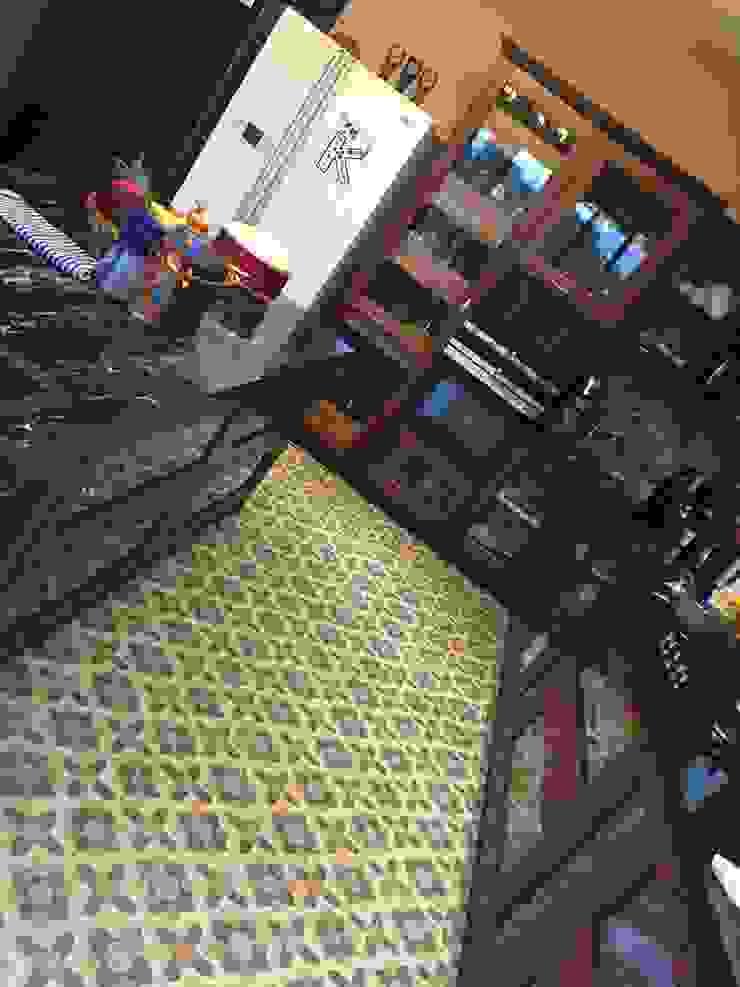 Cocinas de estilo clásico de Hoop Pine Interior Concepts Clásico Madera Acabado en madera