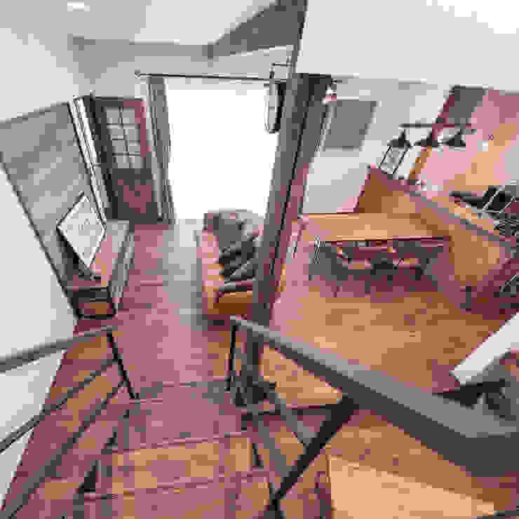 Ruang Keluarga Gaya Rustic Oleh クローバーハウス Rustic Kayu Wood effect