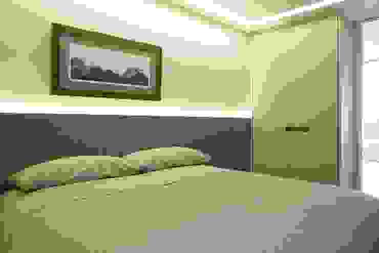 AGE/Alejandro Gaona Estudio Small bedroom Concrete Grey