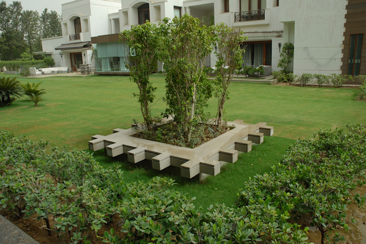 Farm House Lawn Designs Modern garden by Tanish Dzignz Modern