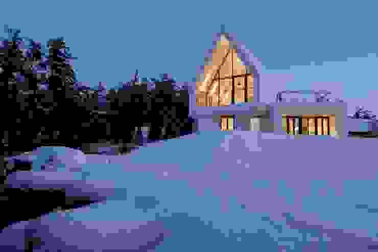 남측전경 / 설경 미니멀리스트 주택 by AEV Architectures (아으베아키텍쳐스) 미니멀