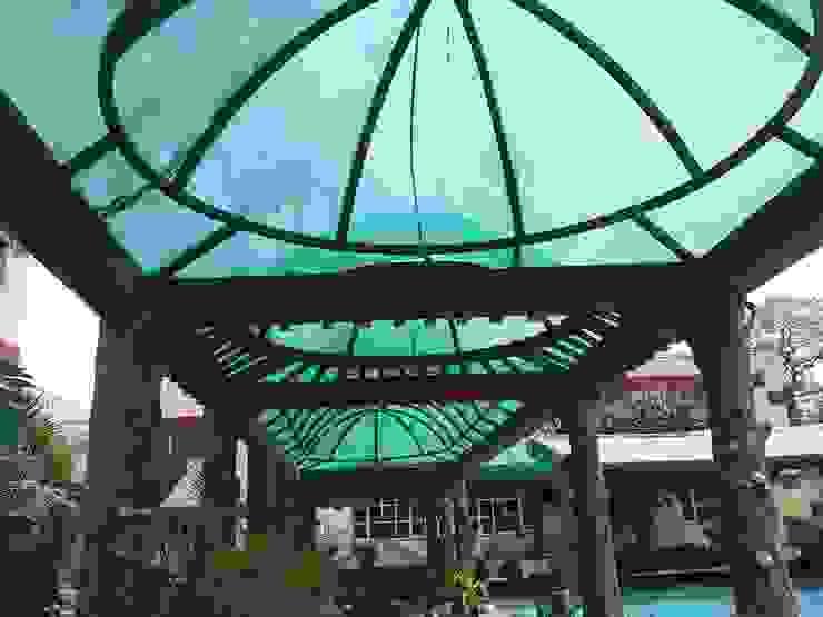 Pool side Mediterranean style hotels by Tanish Dzignz Mediterranean