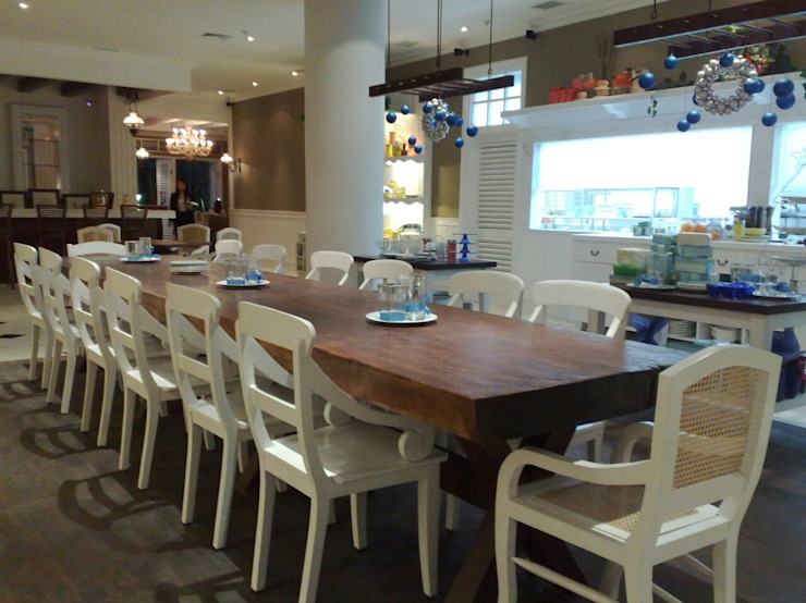 INTERIOR CAFE Gastronomi Gaya Mediteran Oleh PT.KREASI ARTISTIKA GLOBALINDO Mediteran Kayu Lapis