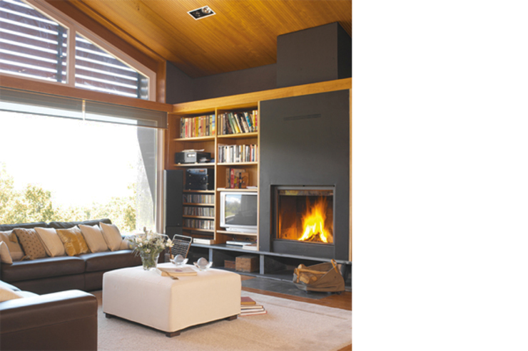 Sala de estar Salones de estilo rural de SANTI VIVES ARQUITECTURA EN BARCELONA Rural Madera Acabado en madera