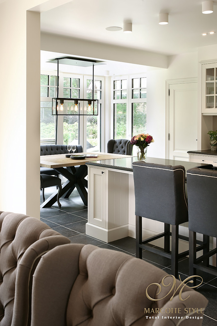 Marcotte Style KitchenTables & chairs