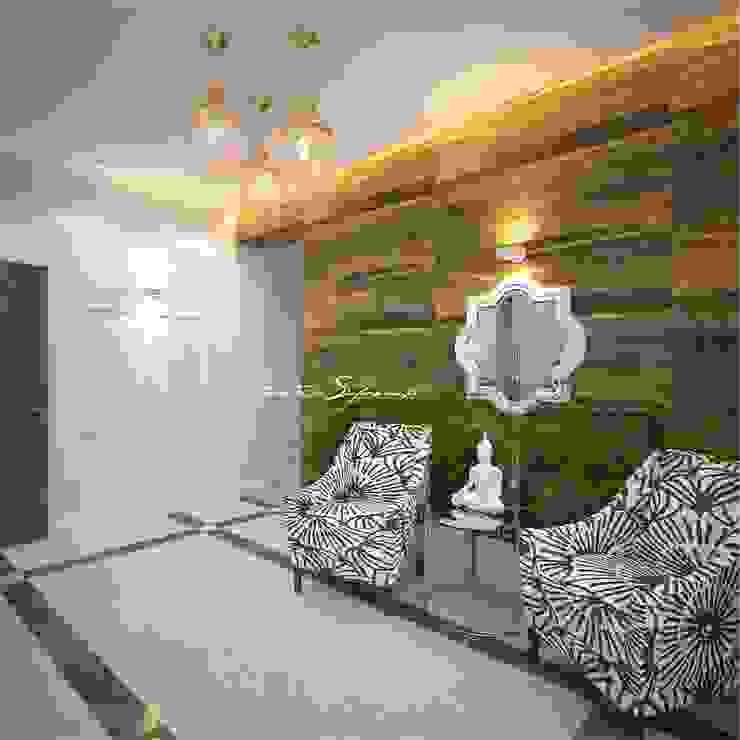 Сафронова Анастасия Pasillos, vestíbulos y escaleras de estilo colonial Madera Acabado en madera