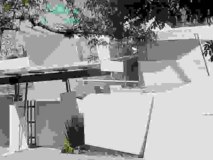 Casa LA-X AGE/Alejandro Gaona Estudio Casas unifamiliares Concreto Blanco