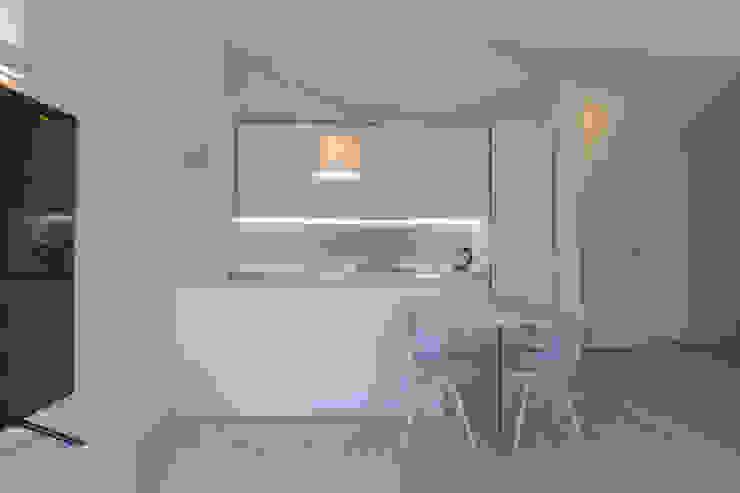 Micro Interior Design ห้องครัว ไม้ White