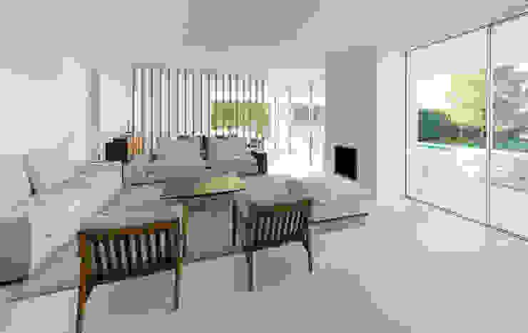 Vivienda Unifamiliar en Madrid Salones de estilo moderno de Estudio Azqueta - Arquitectos Moderno Piedra