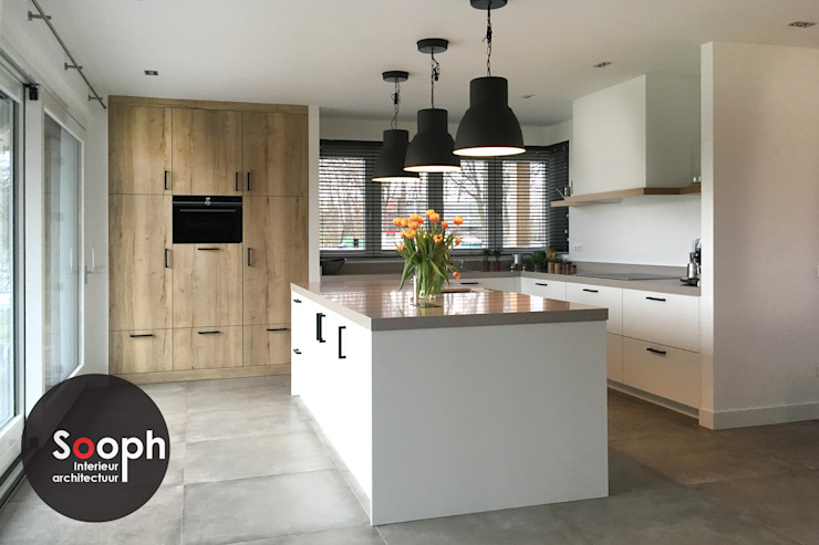 Sooph Interieurarchitectuur Kitchen units Wood Grey