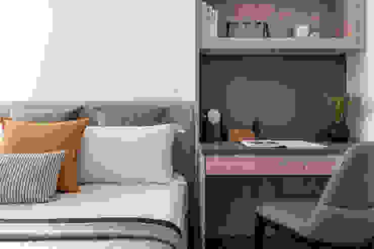 臥室 Modern Bedroom by 存果空間設計有限公司 Modern
