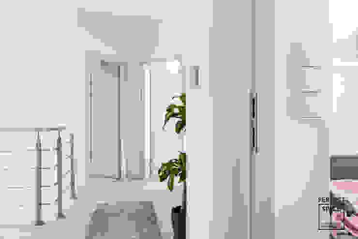 Perfect Space Koridor & Tangga Modern White