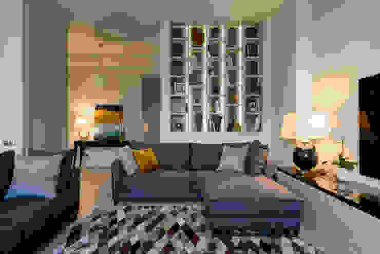 квартира в MILK HOUSE Гостиная в классическом стиле от Студия Юлии Новосадовой Классический