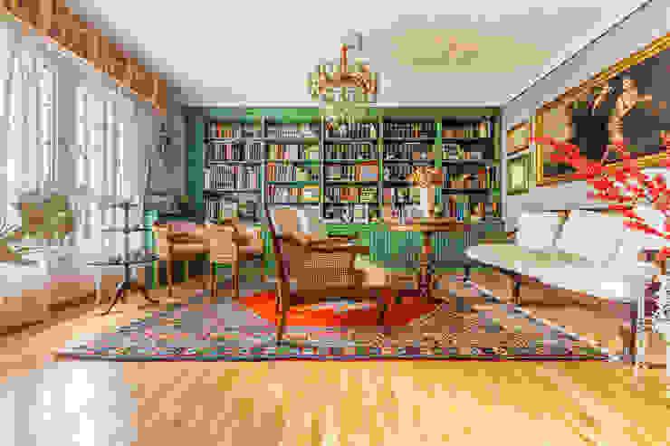 Salón Conde Orgaz Salas de estilo colonial de Bernadó Luxury Houses Colonial
