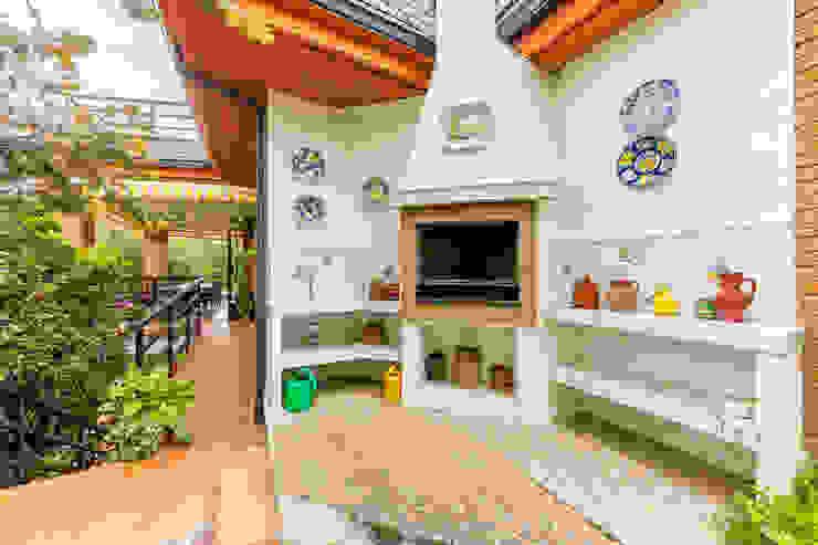 Barbacoa Conde Orgaz Balcones y terrazas de estilo colonial de Bernadó Luxury Houses Colonial