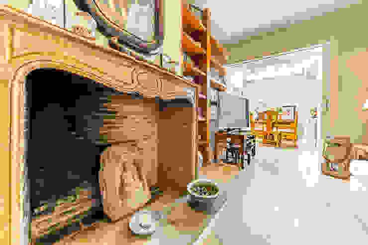 Salas de estar asiáticas por Bernadó Luxury Houses Asiático