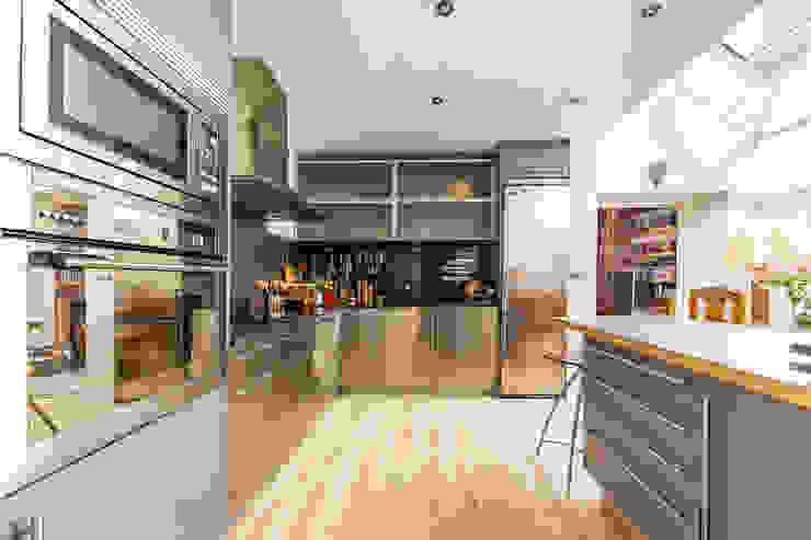 Cocina Bernabéu - Hispanoamérica Cocinas clásicas de Bernadó Luxury Houses Clásico