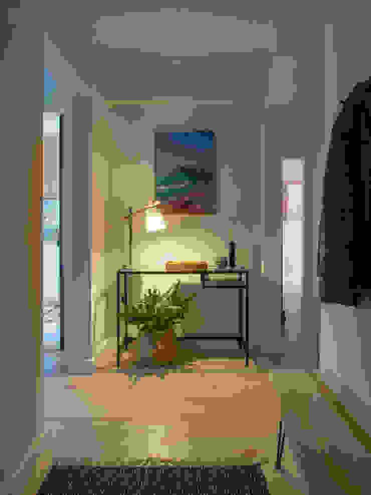 Hall | Depois MUDA Home Design Corredores, halls e escadas escandinavos
