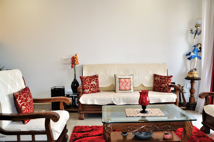 Ethnic & Contemporary yet Modern Classic style living room by 3A Architects Inc Classic Solid Wood Multicolored
