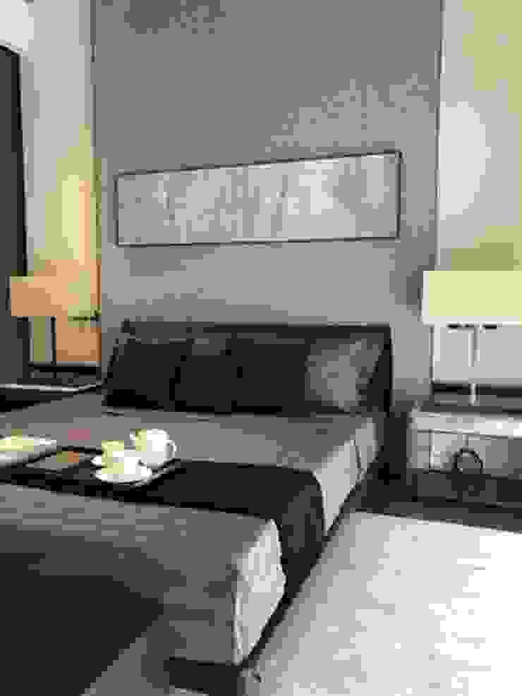 Camera da letto moderna di 漫漫發想室內設計 Moderno