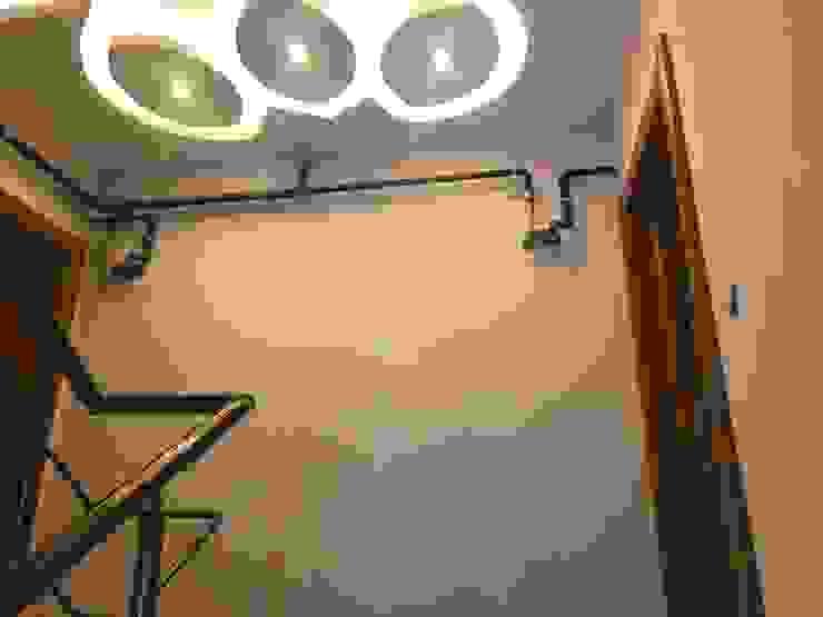 Bina girişi tavanı asmatavan led uygulaması ASK MİMARLIK İNŞAAT Modern