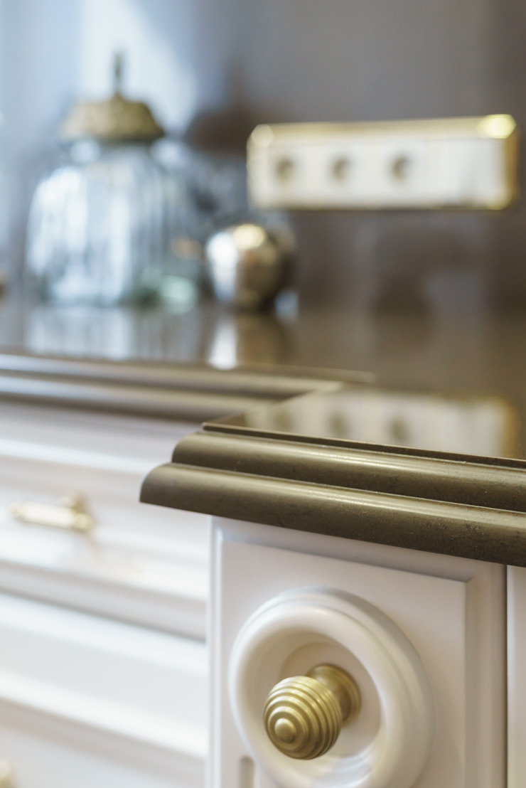 studio68-32 Classic style kitchen Wood Beige