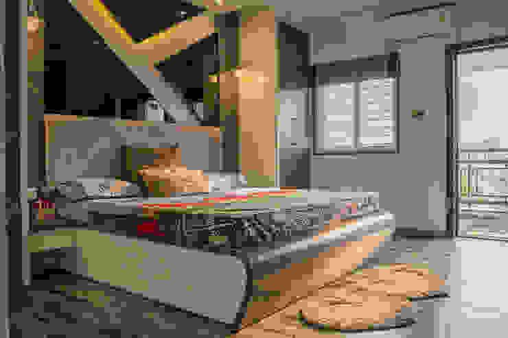 Stylish Bedroom Design by Nabh Design & Associates Nabh Design & Associates Small bedroom Engineered Wood Grey