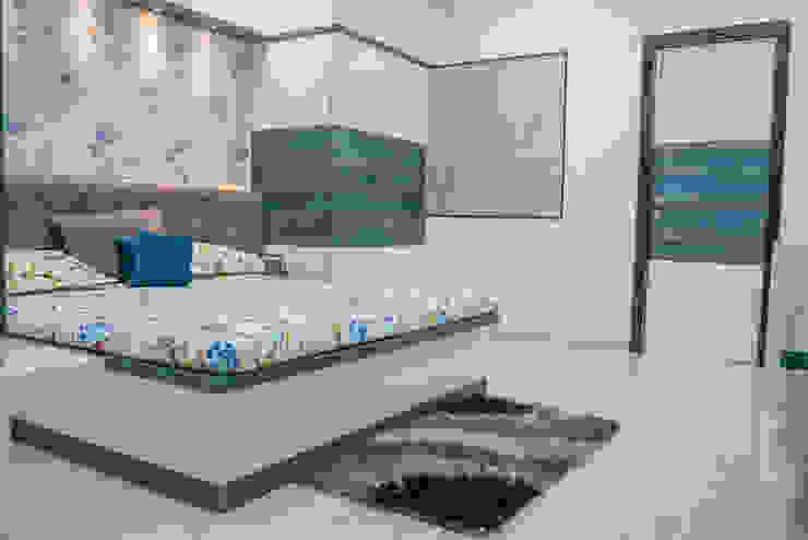Stylish Bedroom Design by Nabh Design & Associates Nabh Design & Associates Small bedroom Plywood Blue